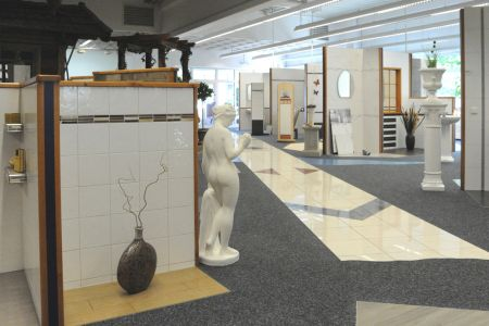 Hier finden Sie ein komplettes Sortiment an Bodenfliesen aus Feinsteinzeug, Marmor und Naturstein.