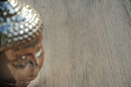 Rustikales Feinsteinzeug in Holz Optik für Terrasse und Balkon
